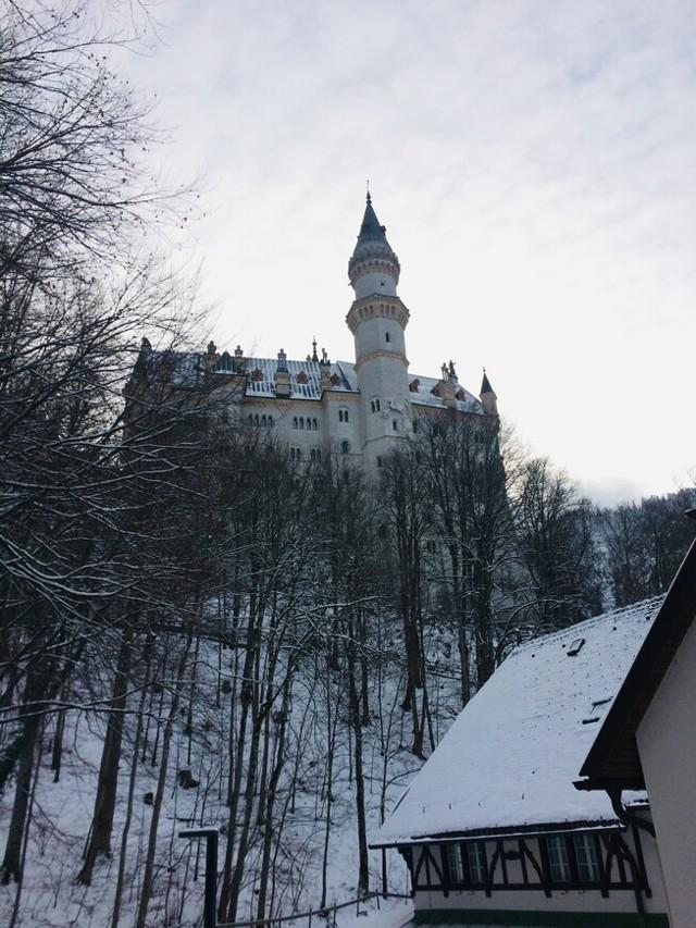 Белый замок Нойшванштайн в Германии. Отзывы