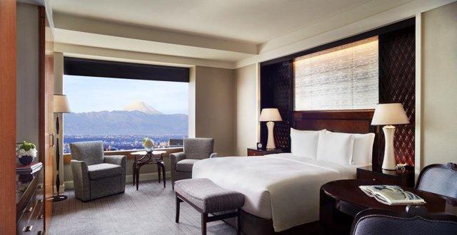 11 отелей с лучшими видами из окна